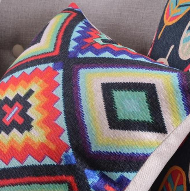 modne poduszki etno kolorowe