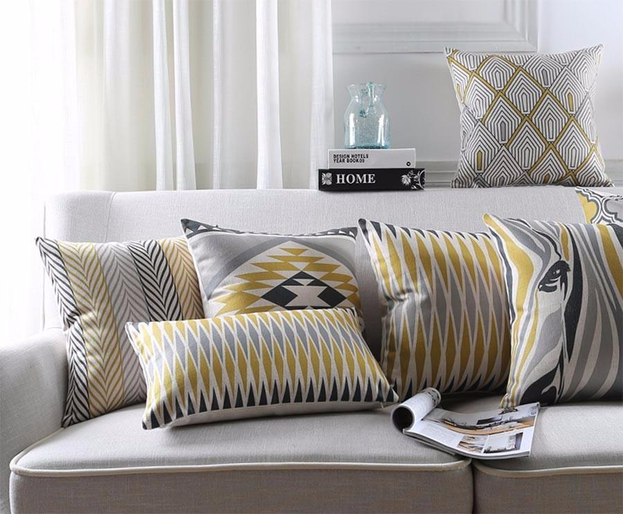 """<img src=""""poduszki dekoracyjne.jpg"""" alt=""""poduszki dekoracyjne nowoczesne wzory etno szare musztardowe""""/>"""