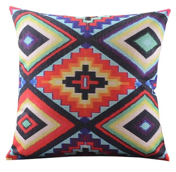 """<img src=""""poduszki dekoracyjne.jpg"""" alt=""""poduszki dekoracyjne etno kolorowe""""/>"""