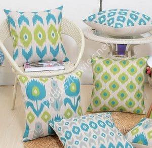 Zestaw poduszek dekoracyjnych ikat - jasnozielone i turkusowe