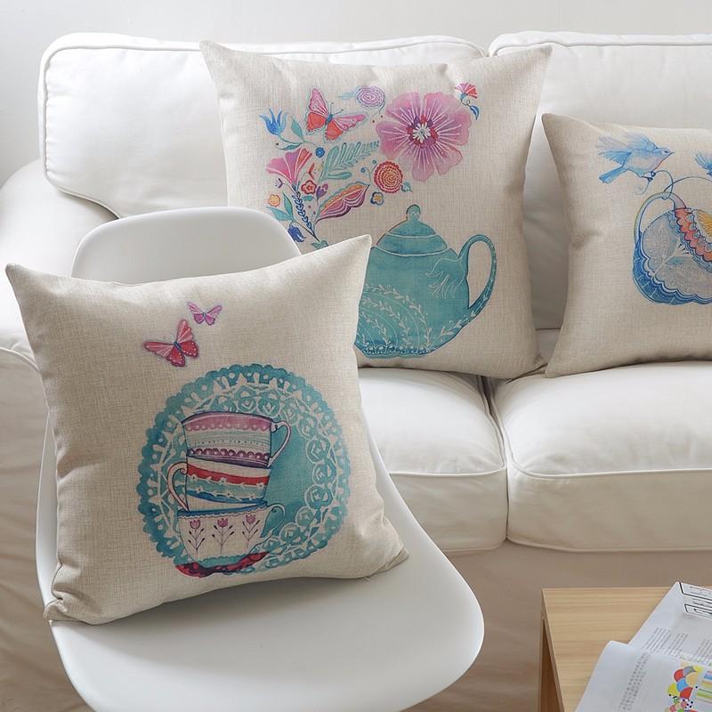 poduszki-dekoracyjne-ozdobne-allegro-na-kanape-retro