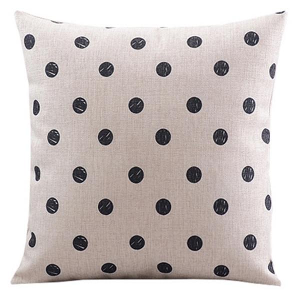 poduszka w kropki modna minimalistyczny scandi