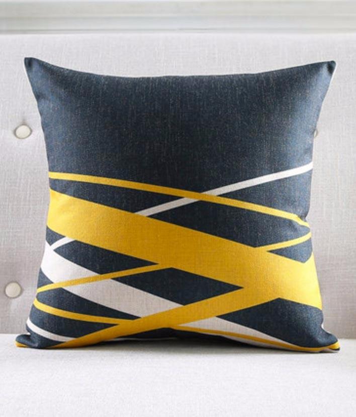 poduszki-modne-dekoracyjne-nowoczesne-wzory-minimalizm-allegro