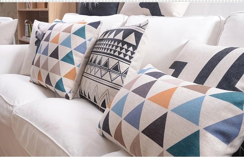 """<img src=""""poduszki_dekoracyjne_loftowe_modne_trojkaty_allegro.jpg"""" alt=""""poduszki dekoracyjne trójkąty niebieskie""""/>"""